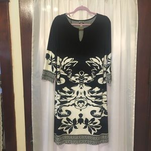 Haani Woman 1x gorgeous black and white dress